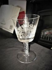 SUPERB HEAVY ETCHED LEAD CRYSTAL GLASS AIR TWIST STEM ELIZABETH SILVER JUBILEE